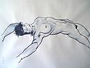 Mujer desnuda acostada